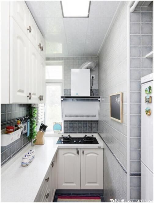 小厨房设计要点 小厨房大精彩!-成都玉峰专业水电改造